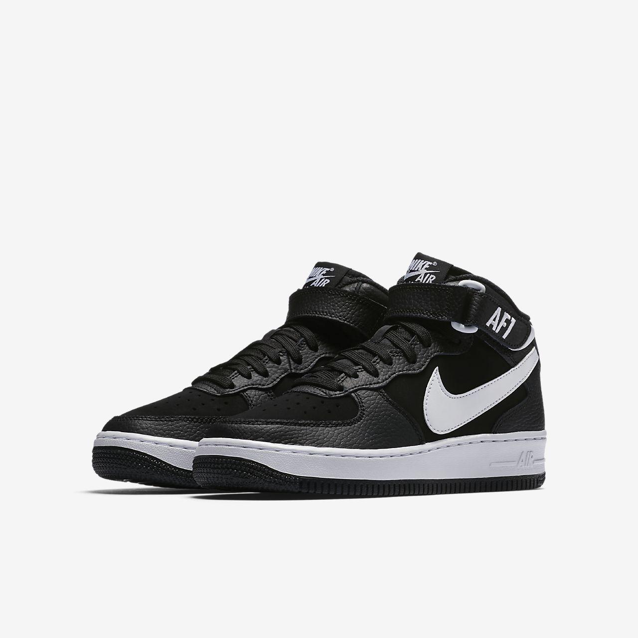 ... Nike Air Force 1 Mid 06 Older Kids' Shoe