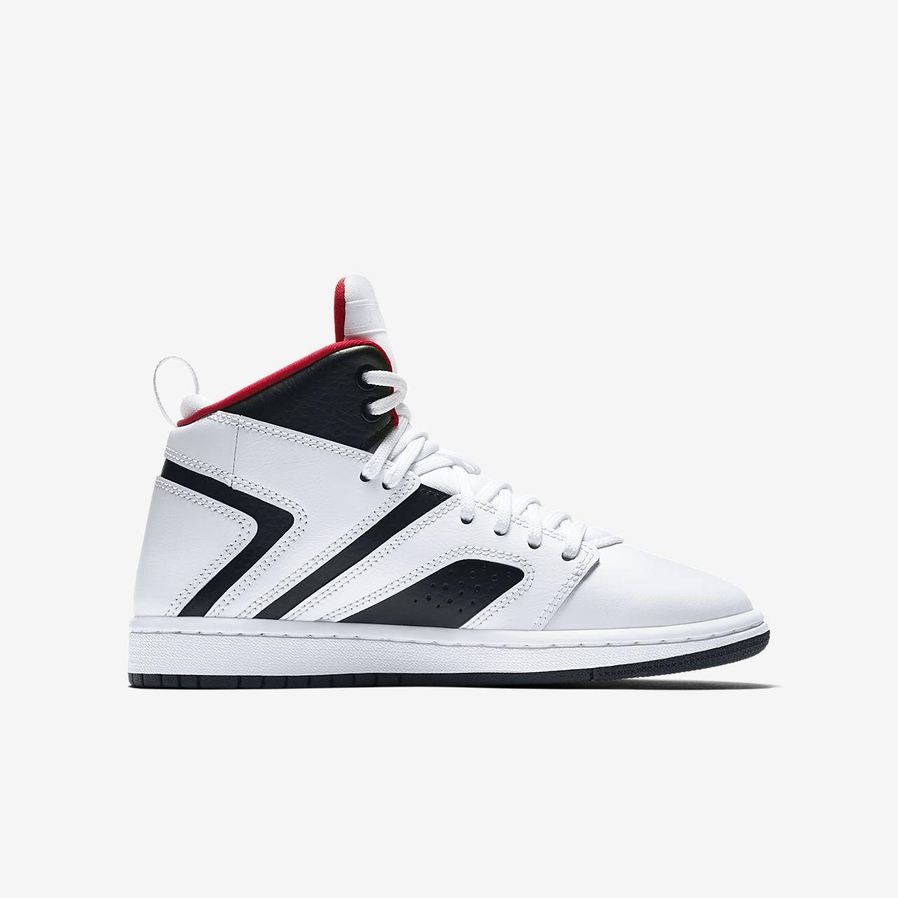Jordan Flight Legend Older Kids  Shoe. Nike.com BG f7bfddfa6
