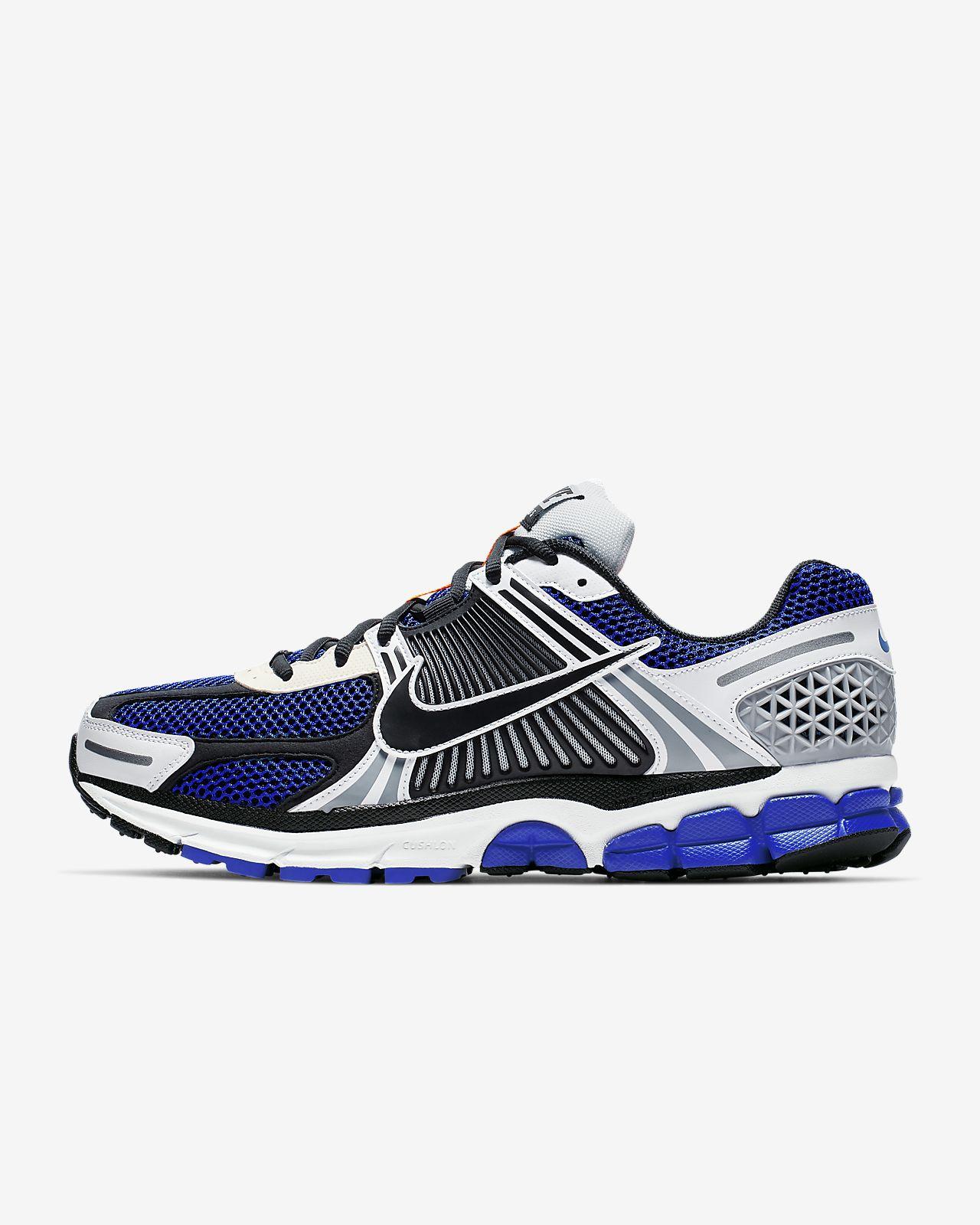 0f09c325de77 Nike Zoom Vomero 5 SE SP Men s Shoe. Nike.com