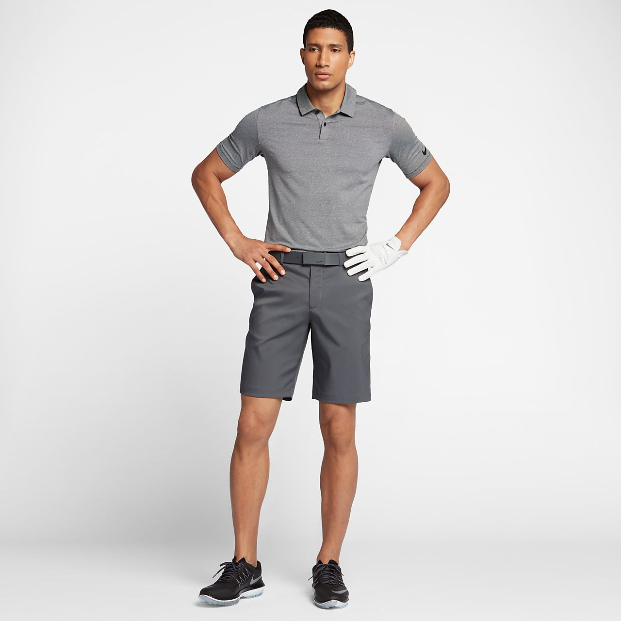 cheap for discount 7d587 1aa15 Golf Shorts Nike Flat Front Men s 10.5