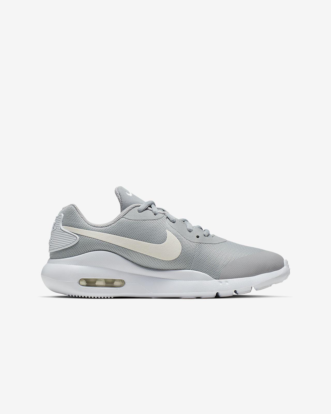Nike Air Max Oketo Women's Lifestyle Shoes