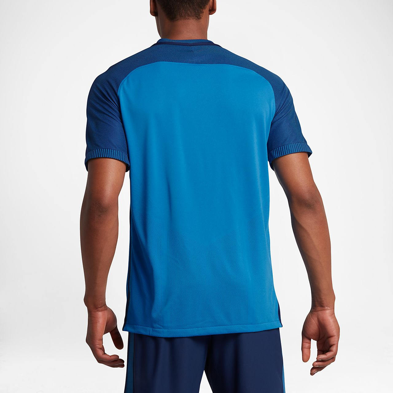 ... Nike Strike AeroSwift Men's Short-Sleeve Football Top