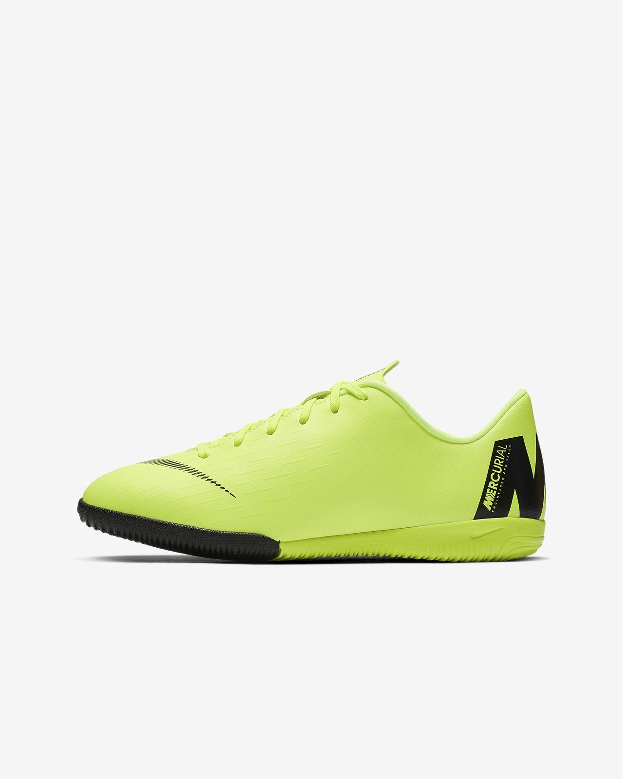 Calzado de fútbol para cancha cubierta para niños talla pequeña/grande Nike Jr. VaporX 12 Academy IC