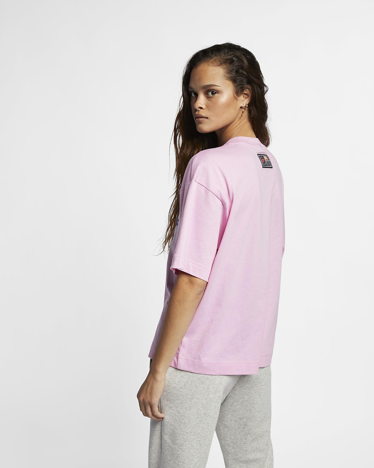 Haut à manches courtes Nike Sportswear NSW pour Femme. Nike.com MA 665d1f522a7