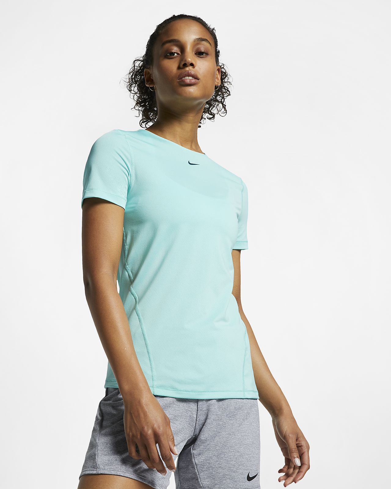 ce40d596a95c Nike Pro Women s Short-Sleeve Mesh Training Top. Nike.com IE