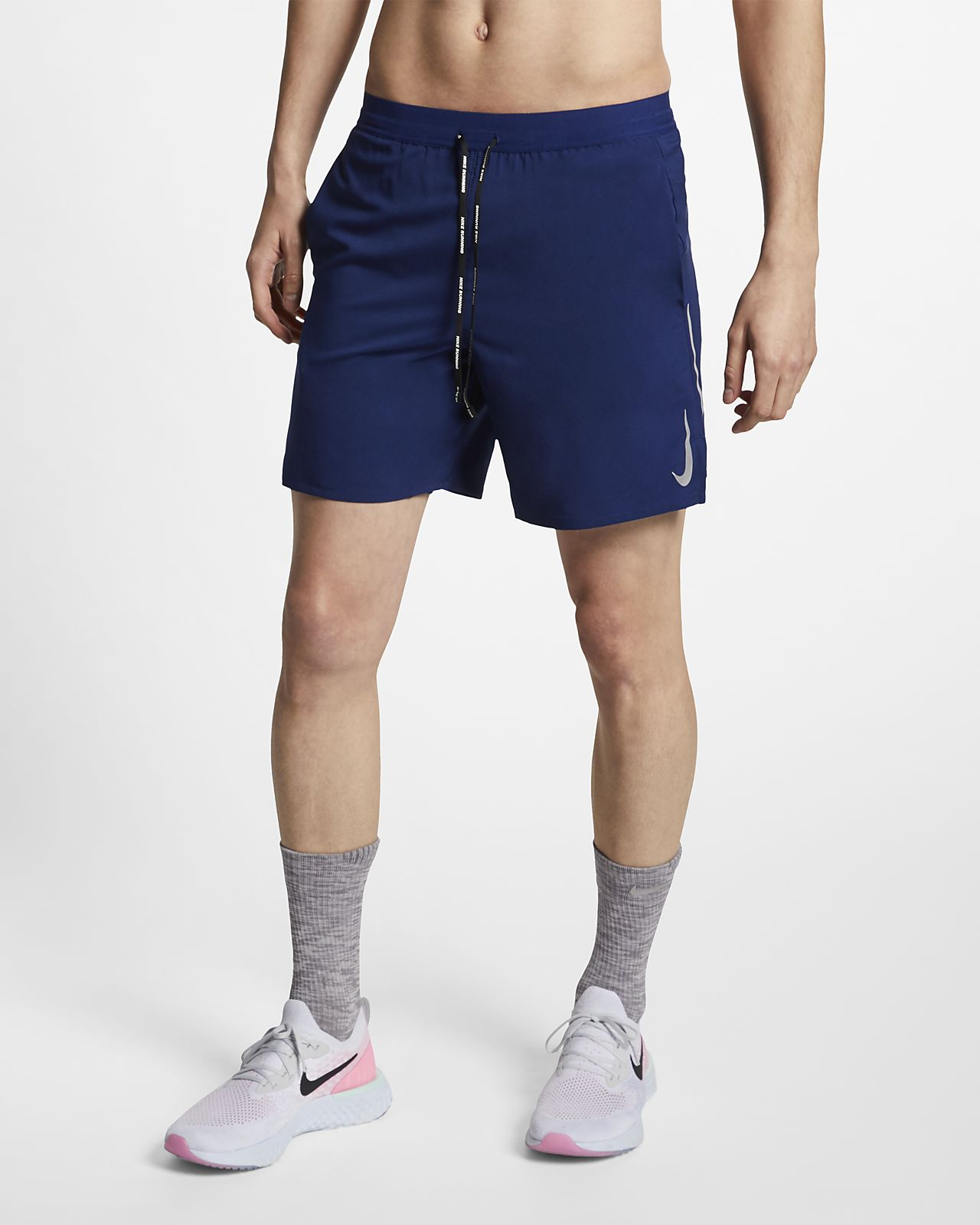 ee0b315200 ... Nike Dri-FIT Flex Stride Pantalón corto de running 2 en 1 de 18 cm