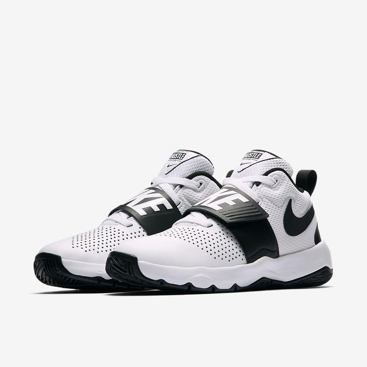 ... Nike Team Hustle D 8 Older Kids' Basketball Shoe