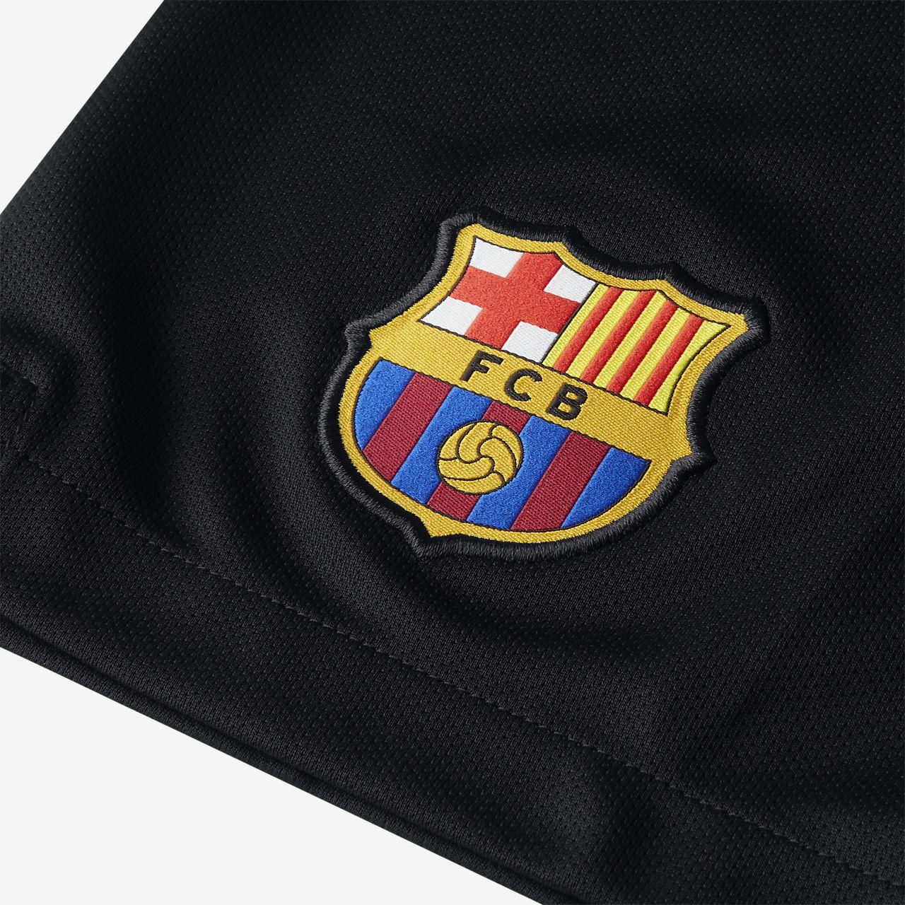 43671b4522b 2018 19 FC Barcelona Stadium Goalkeeper Older Kids  Football Shorts ...