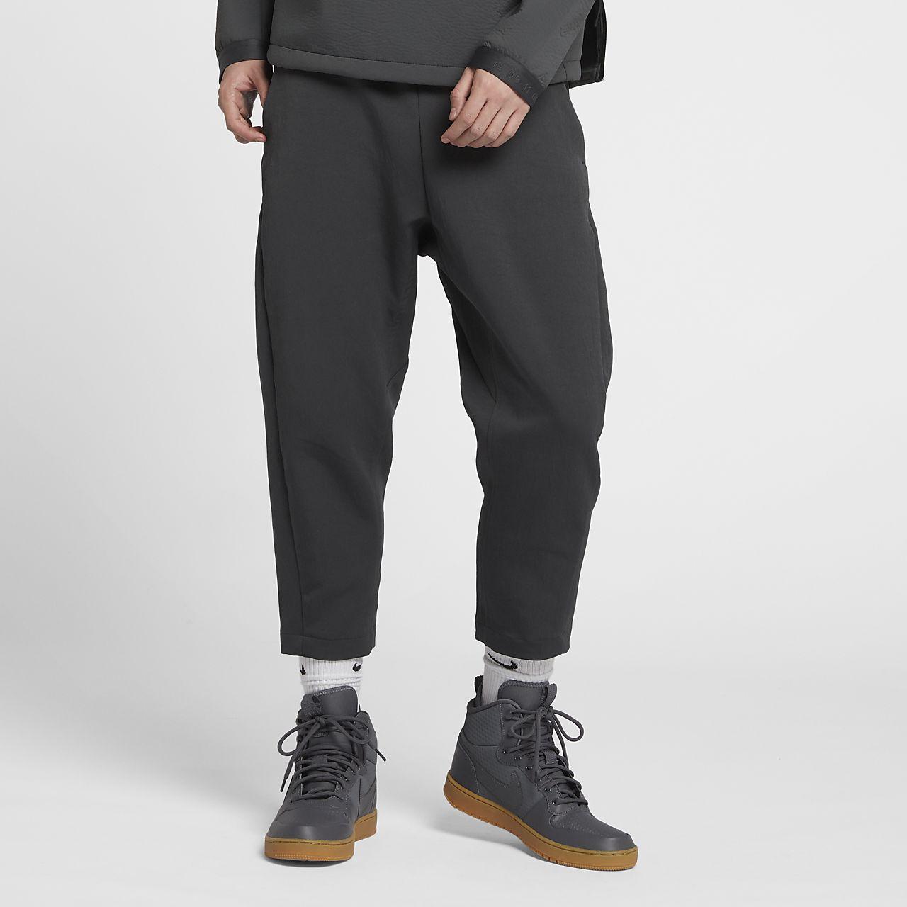 b44c80b59159 Nike Sportswear Tech Pack Men s Cropped Woven Trousers. Nike.com SG