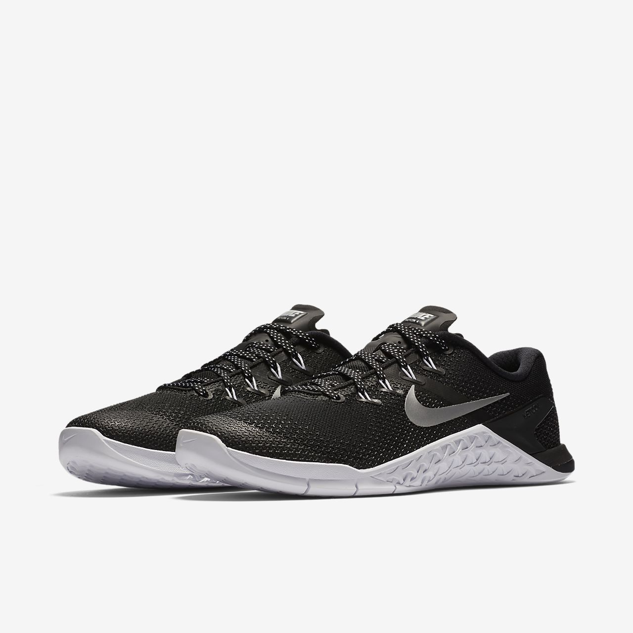 82e8ef3ab316 Women s Cross Training Weightlifting Shoe. Nike Metcon 4