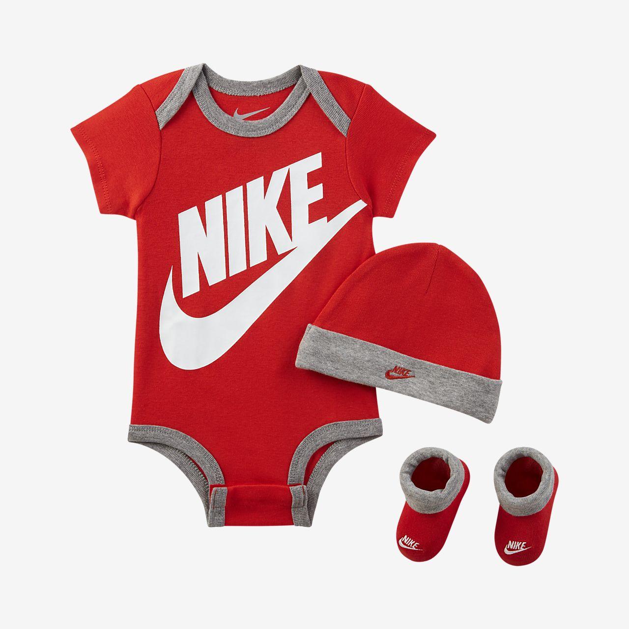 Trzyczęściowy zestaw dla niemowląt Nike Sportswear