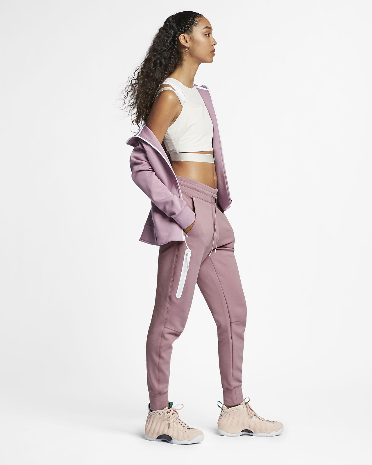 3b23f367938b Nike Sportswear Tech Fleece Women s Pants. Nike.com