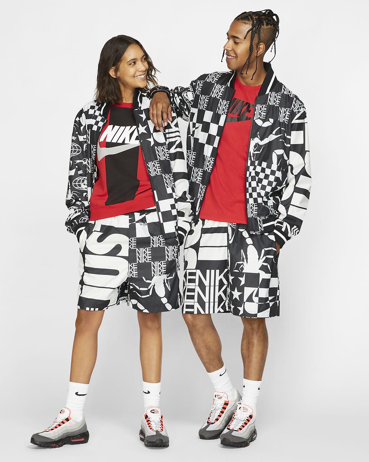 Εμπριμέ σορτς Nike Sportswear