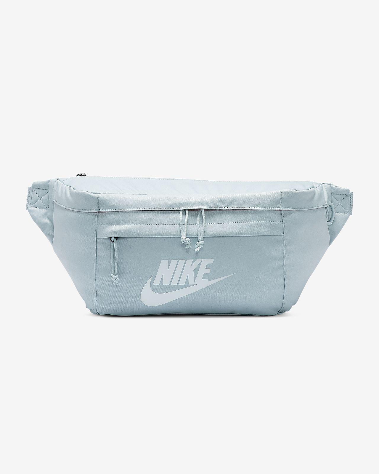 Поясная сумка Nike Tech