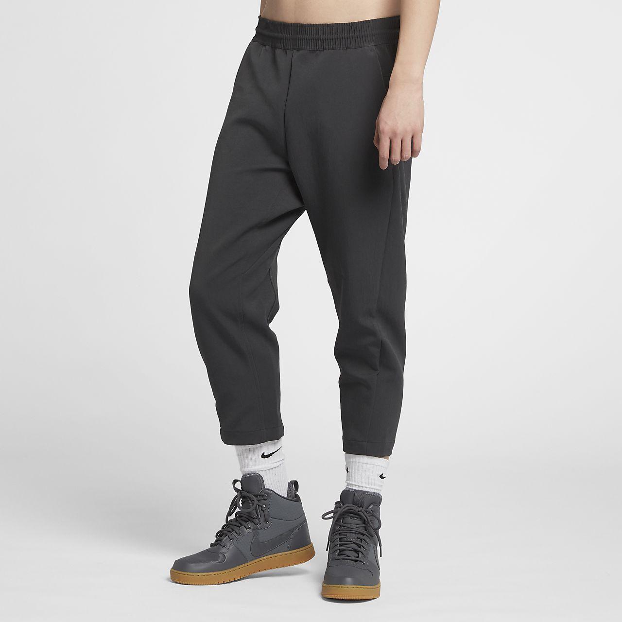 923cfb3121548a Nike Sportswear Tech Pack Men s Cropped Woven Trousers. Nike.com SG