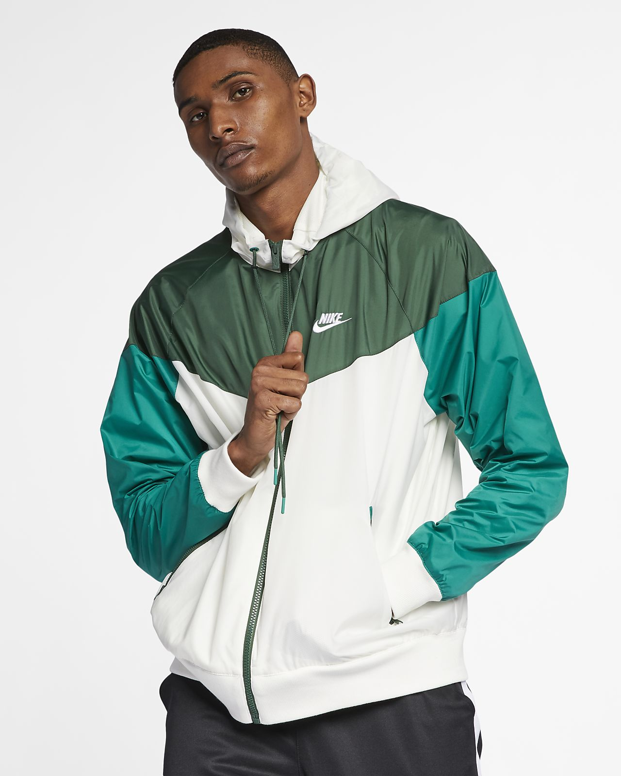 9cd18be3e1 Nike Sportswear Windrunner Men s Hooded Windbreaker. Nike.com NO