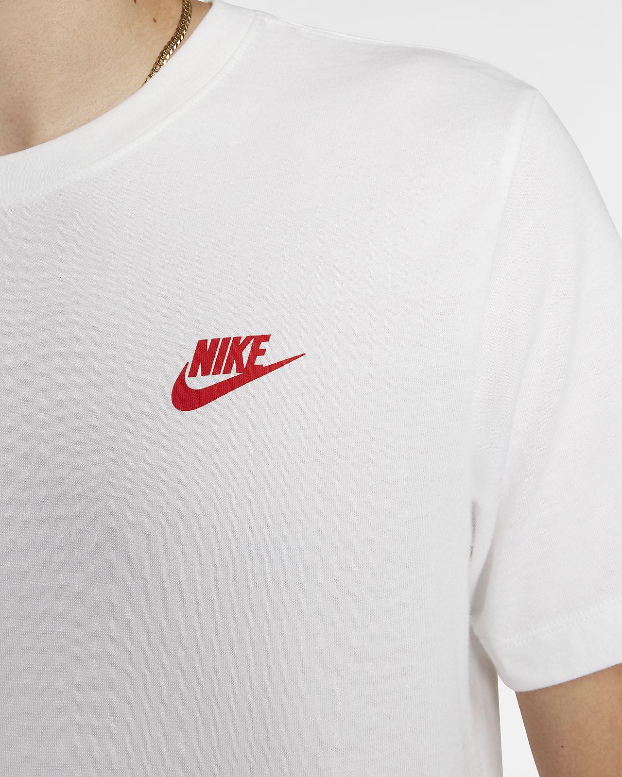 Nike Sportswear T Shirt WeißHabanero Rot