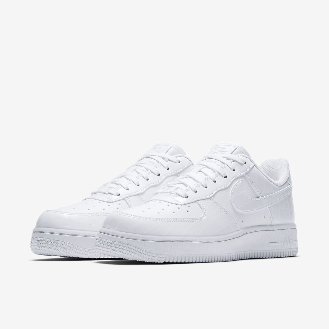 ... Nike Air Force 1 '07 Essential Women's Shoe
