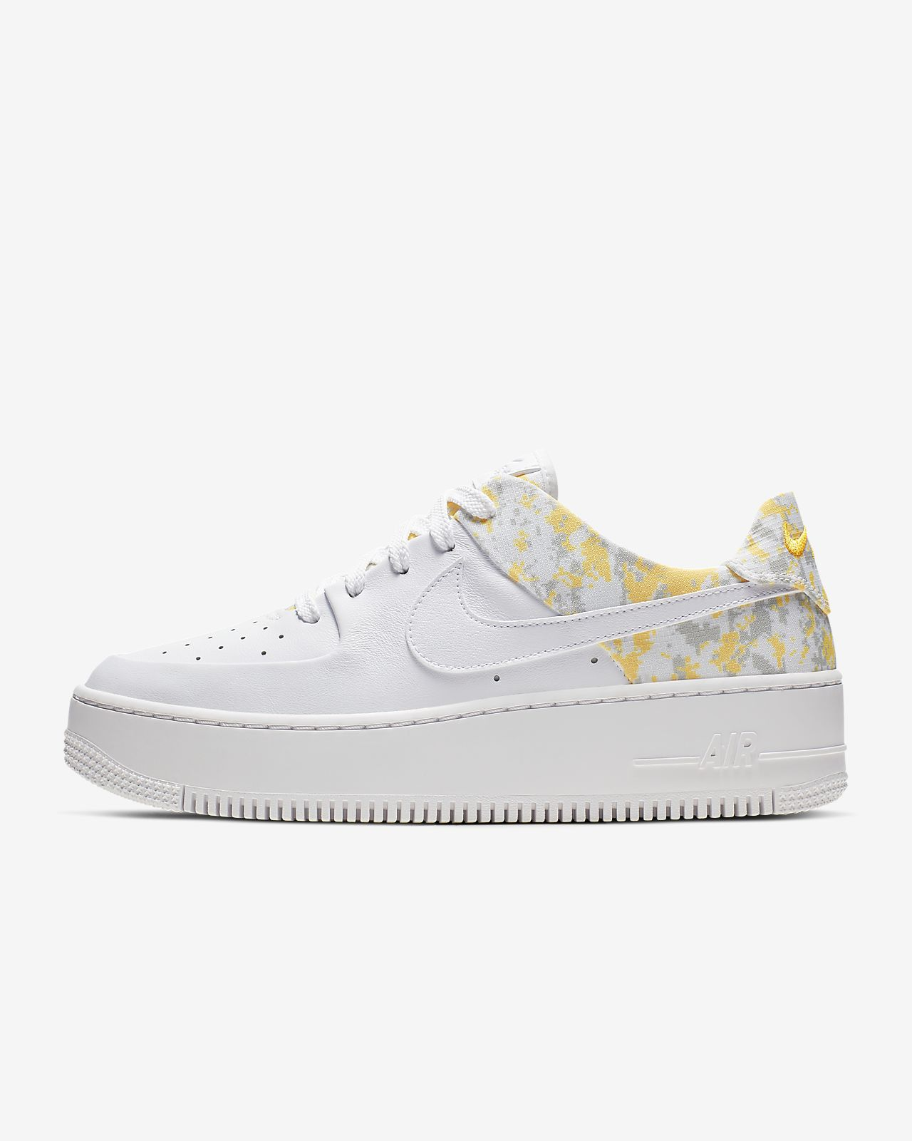 AIR FORCE 1 SAGE Sneakers laag white