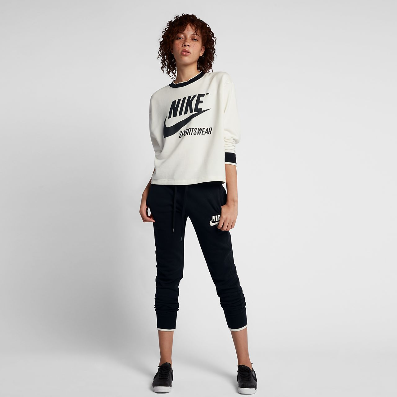 Low Resolution Nike Sportswear Archive Women's Crew Nike Sportswear Archive  Women's Crew
