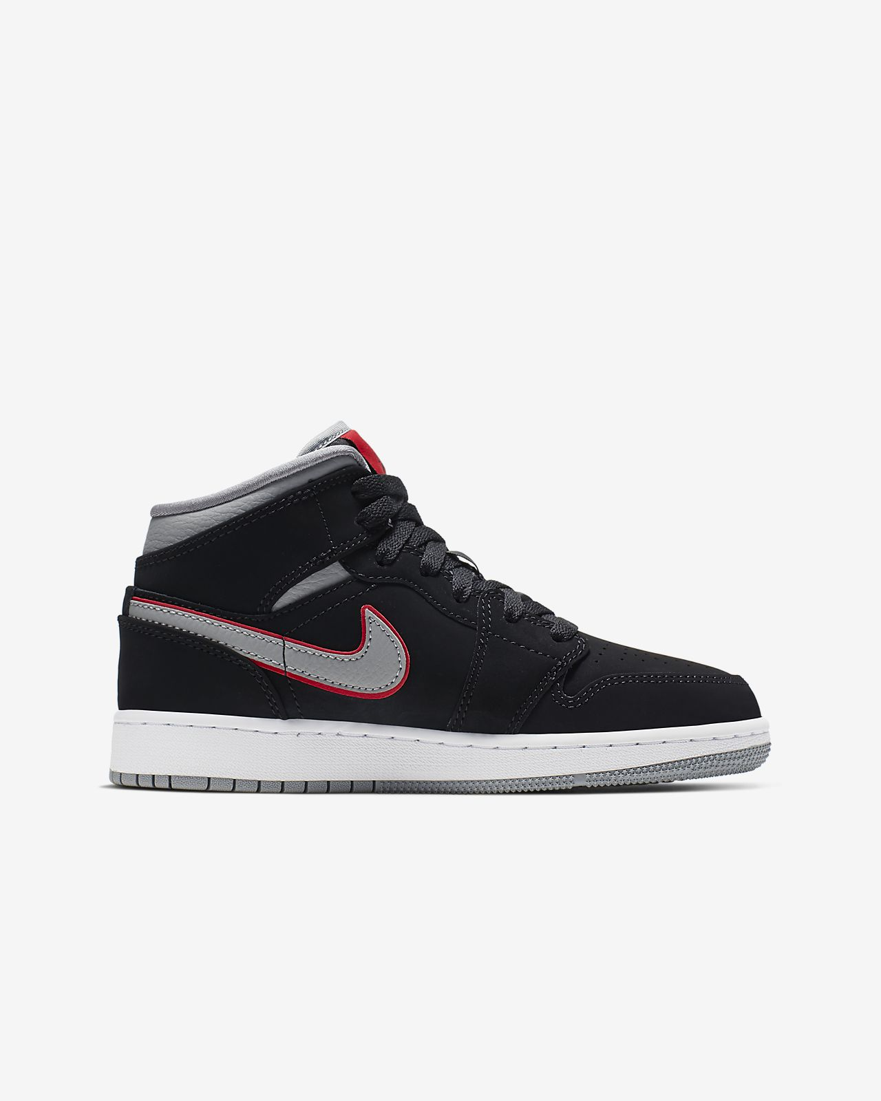size 40 fecf7 f2413 Air Jordan 1 Mid Big Kids' Shoe. Nike.com