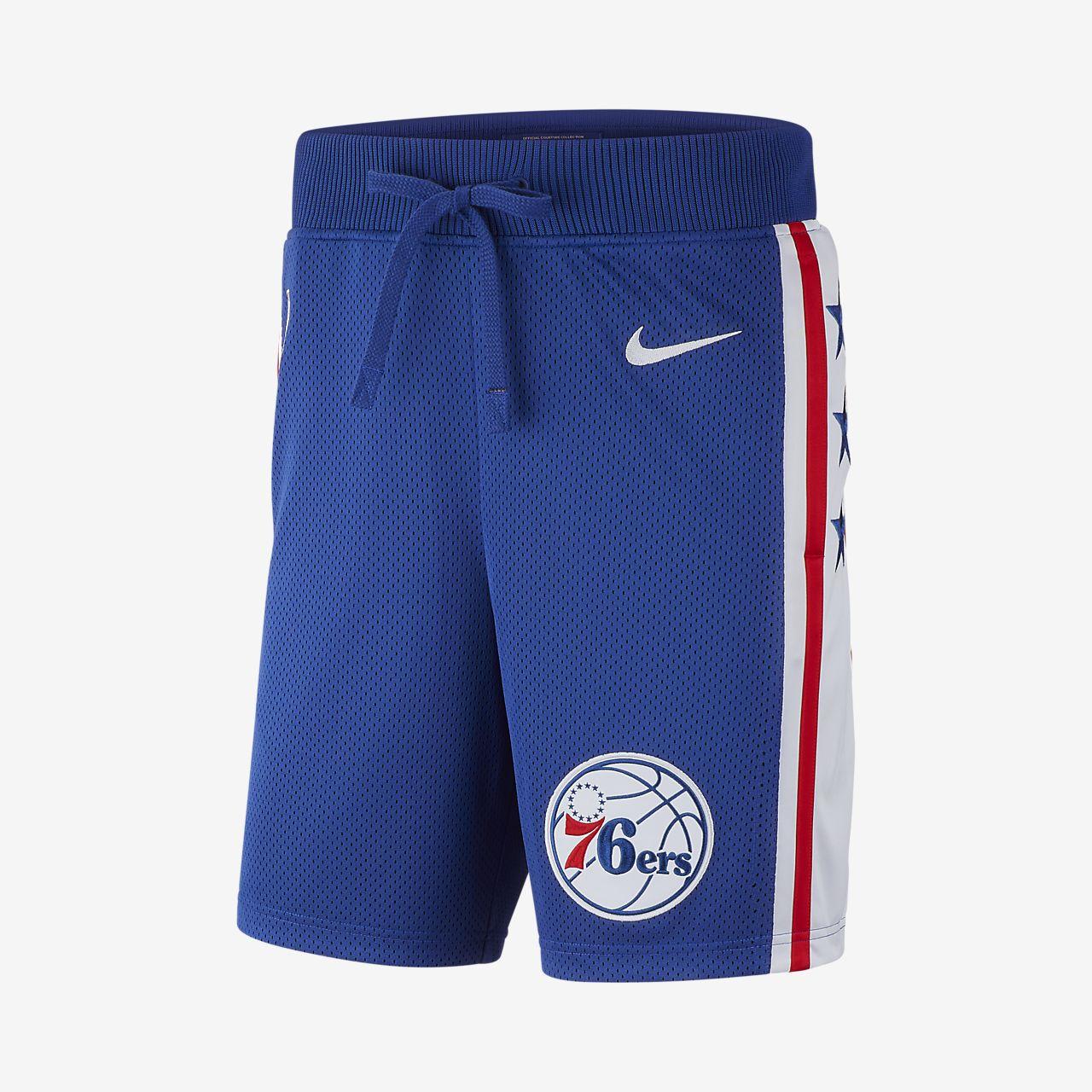 费城 76 人队 Nike Courtside 男子 NBA 短裤