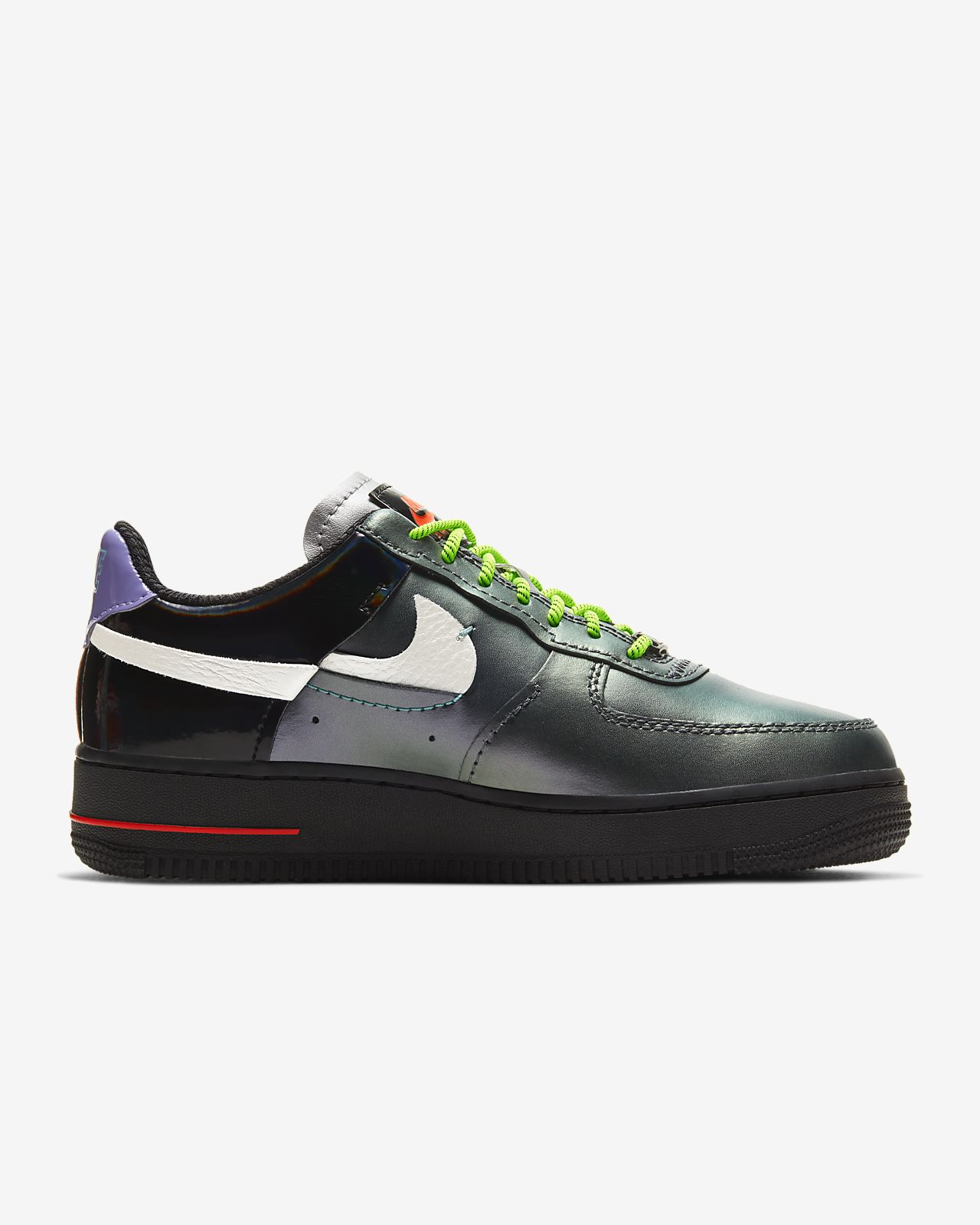 Angebot Special von Nike Schuhe Sale: Nike Air Force 1 07 LX