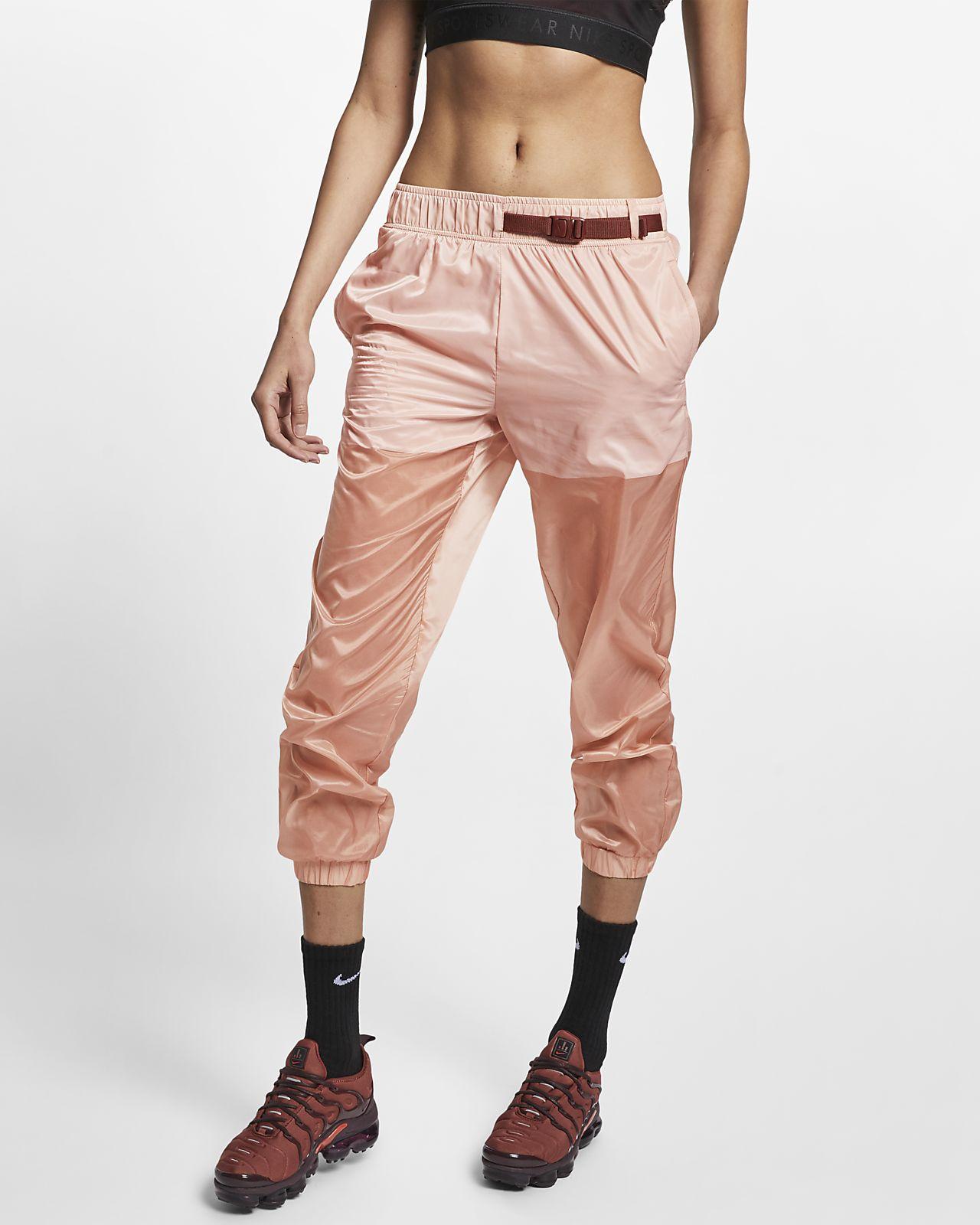 กางเกงผู้หญิงแบบทอ Nike Sportswear Tech Pack