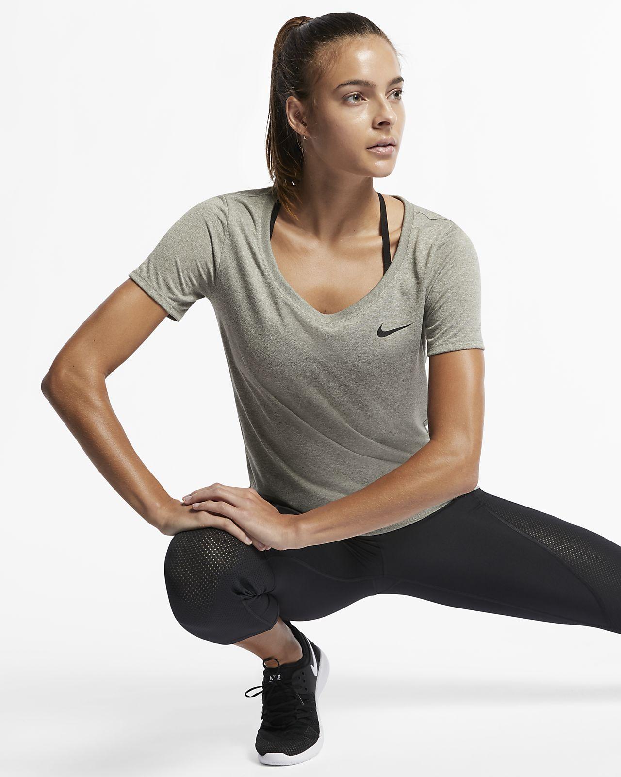 798495a0e92b Nike Dri-FIT Women s Training T-Shirt. Nike.com