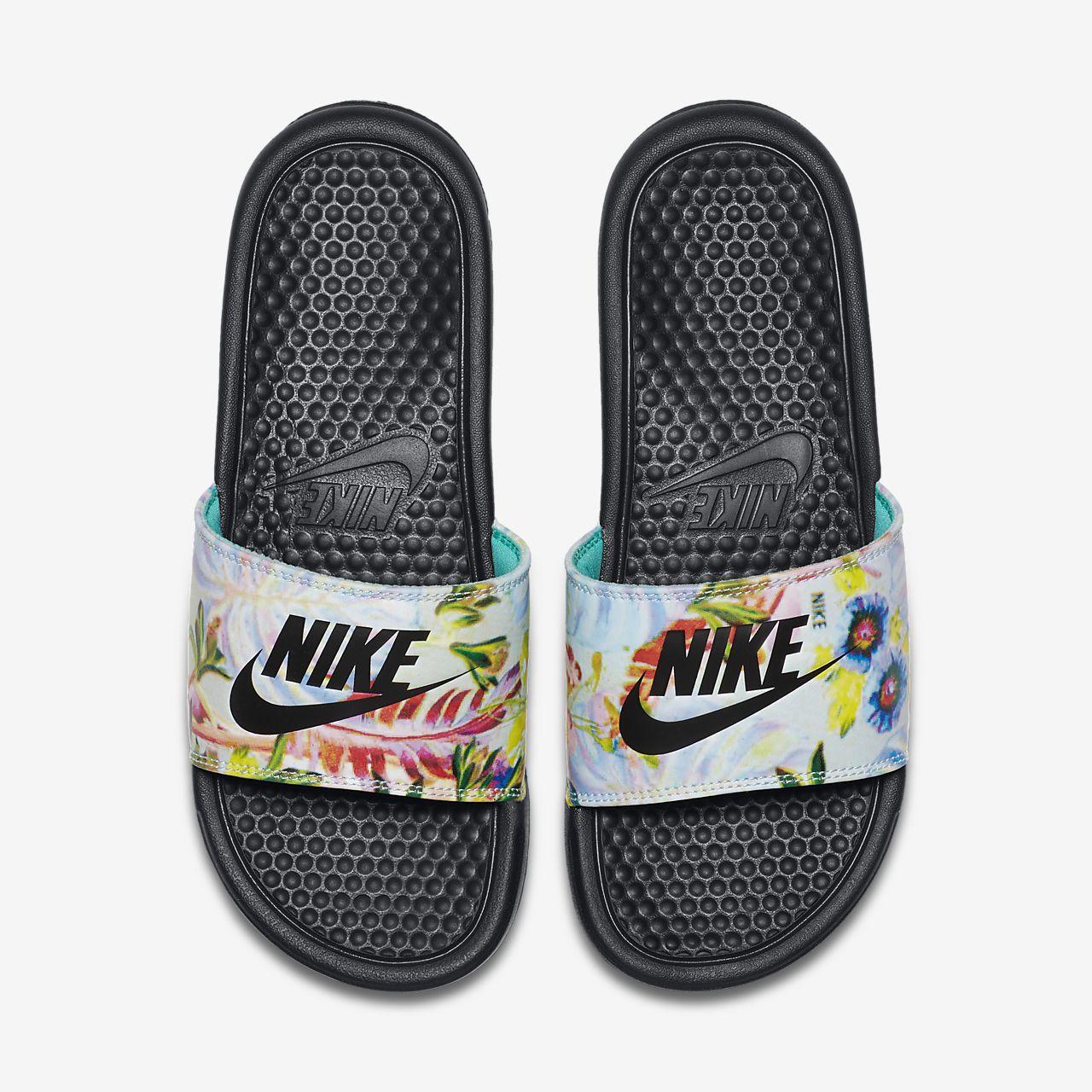 premium selection dcd0e 608e8 ... Claquette Nike Benassi JDI Floral pour Femme