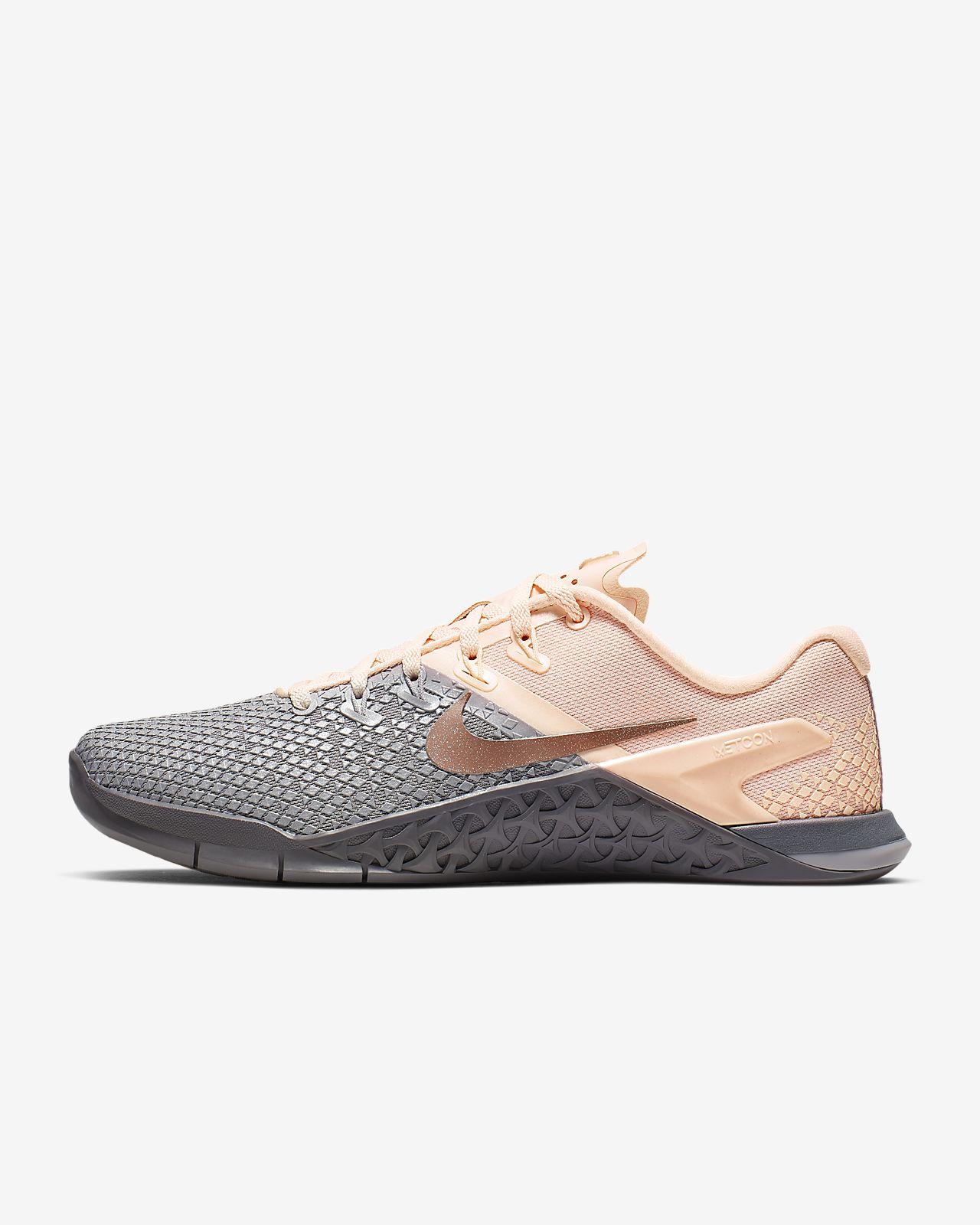 buy popular 2fc96 ee1ab ... Chaussure de cross-training et de renforcement musculaire Nike Metcon 4  XD Metallic pour Femme