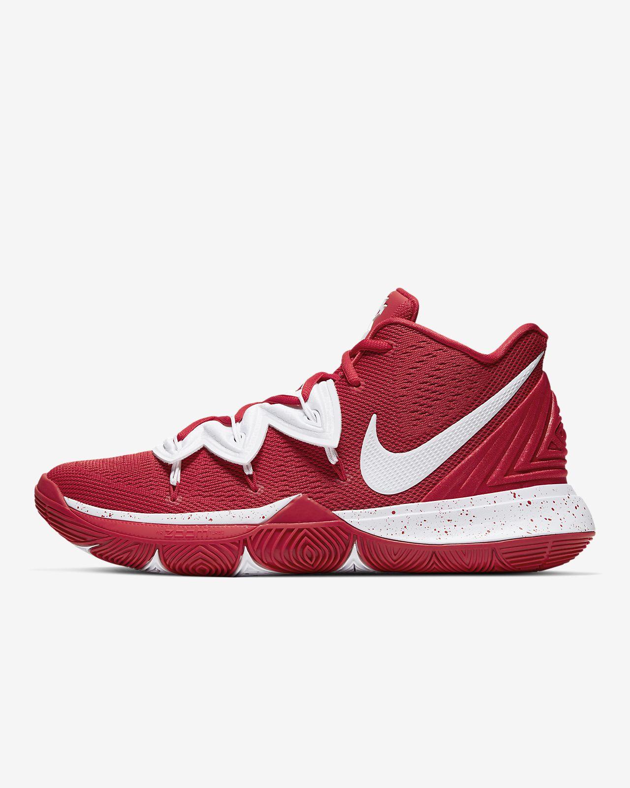 Kyrie 5 (Team) Shoe