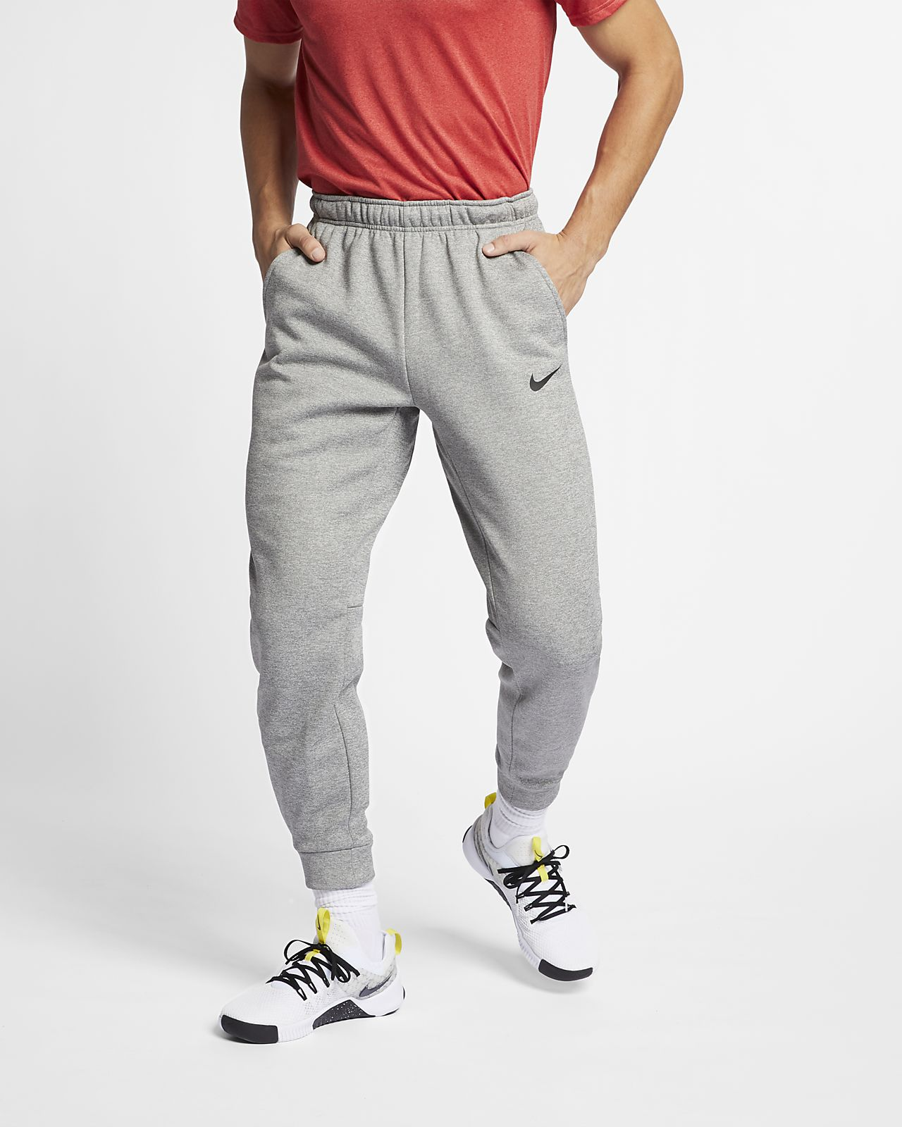 f0c45115779 Nike Therma Men s Tapered Training Trousers. Nike.com BE