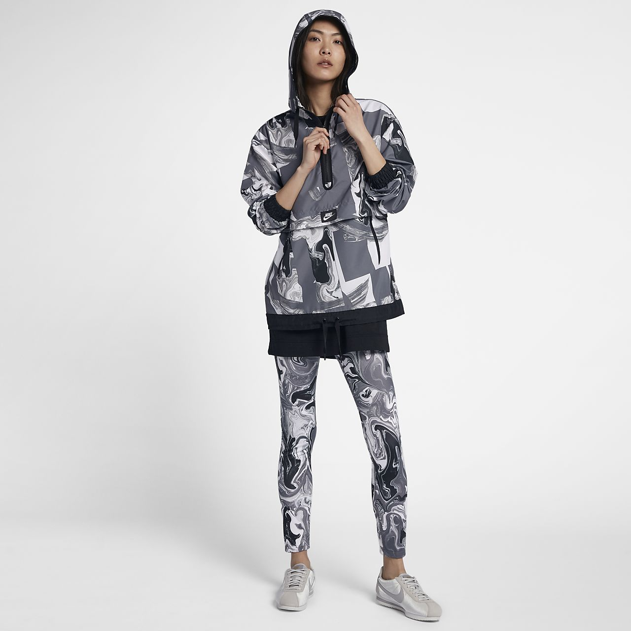 Nike Sportswear Womens Printed Jacket Ch With Sash Belt