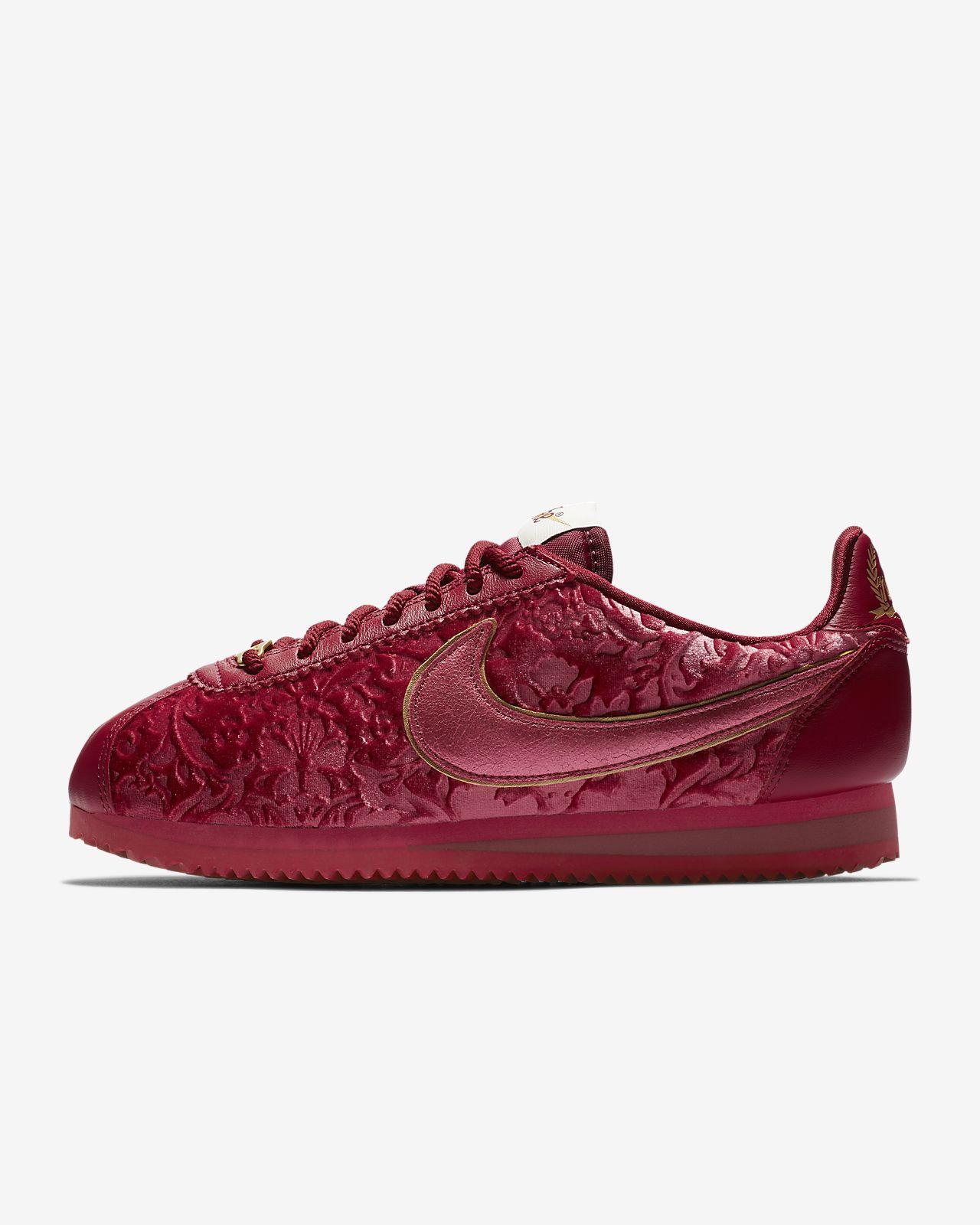 Nike Classic Cortez SE Women's Shoe