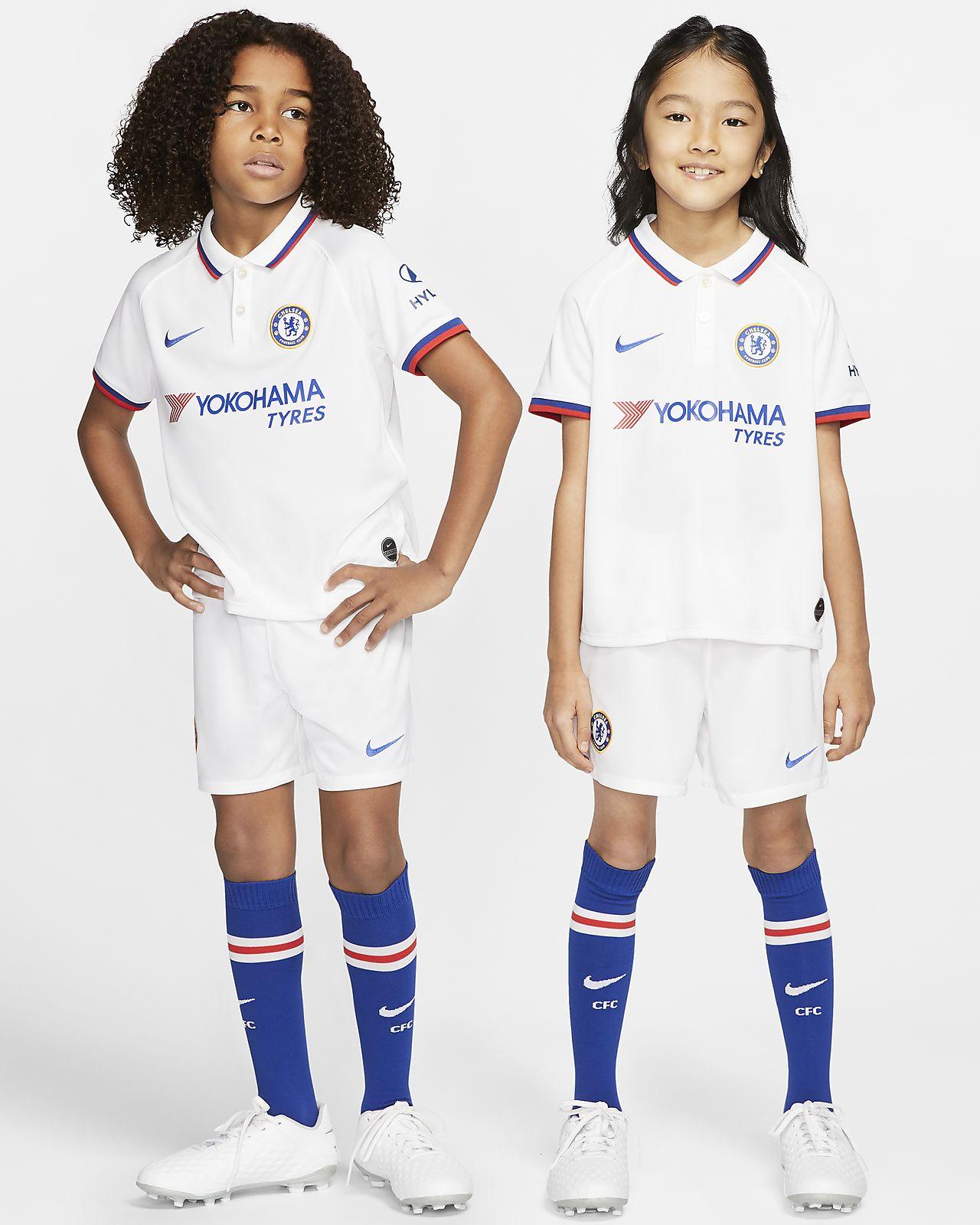 Kit de fútbol para niños talla pequeña de visitante del Chelsea FC 2019/20