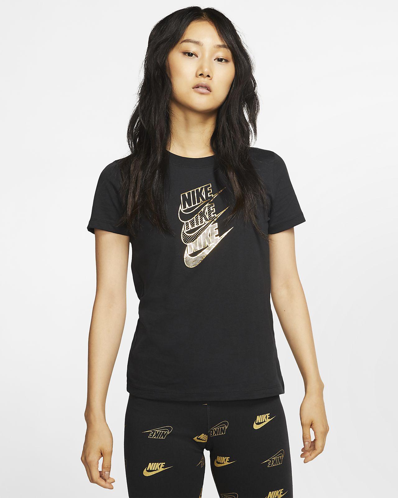 Nike Sportswear 女款圖樣 T 恤