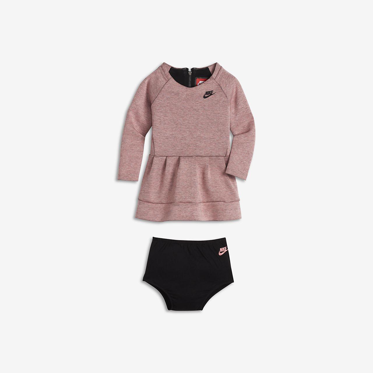 Dívčí šaty Nike Tech Fleece pro kojence a batolata