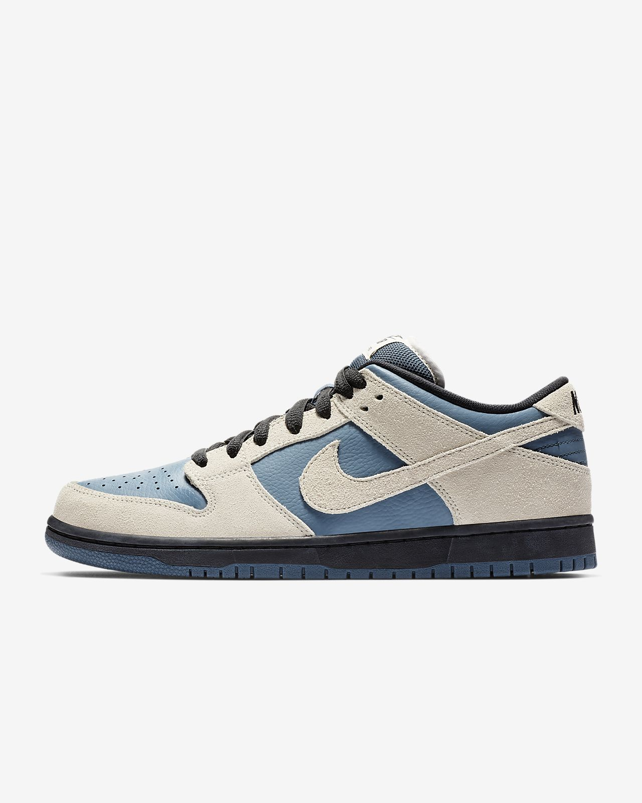 eec56cd131ed Nike SB Dunk Low Pro Skate Shoe. Nike.com GB