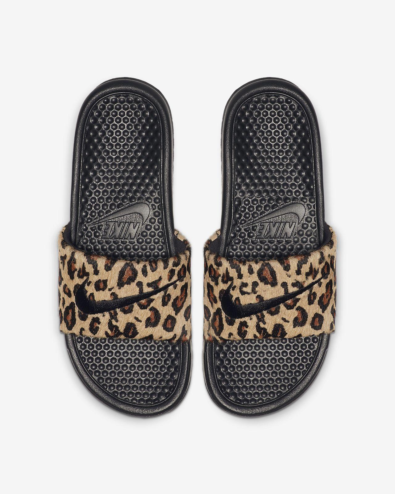 Nike Benassi JDI SE Animal JDI Slides für Damen