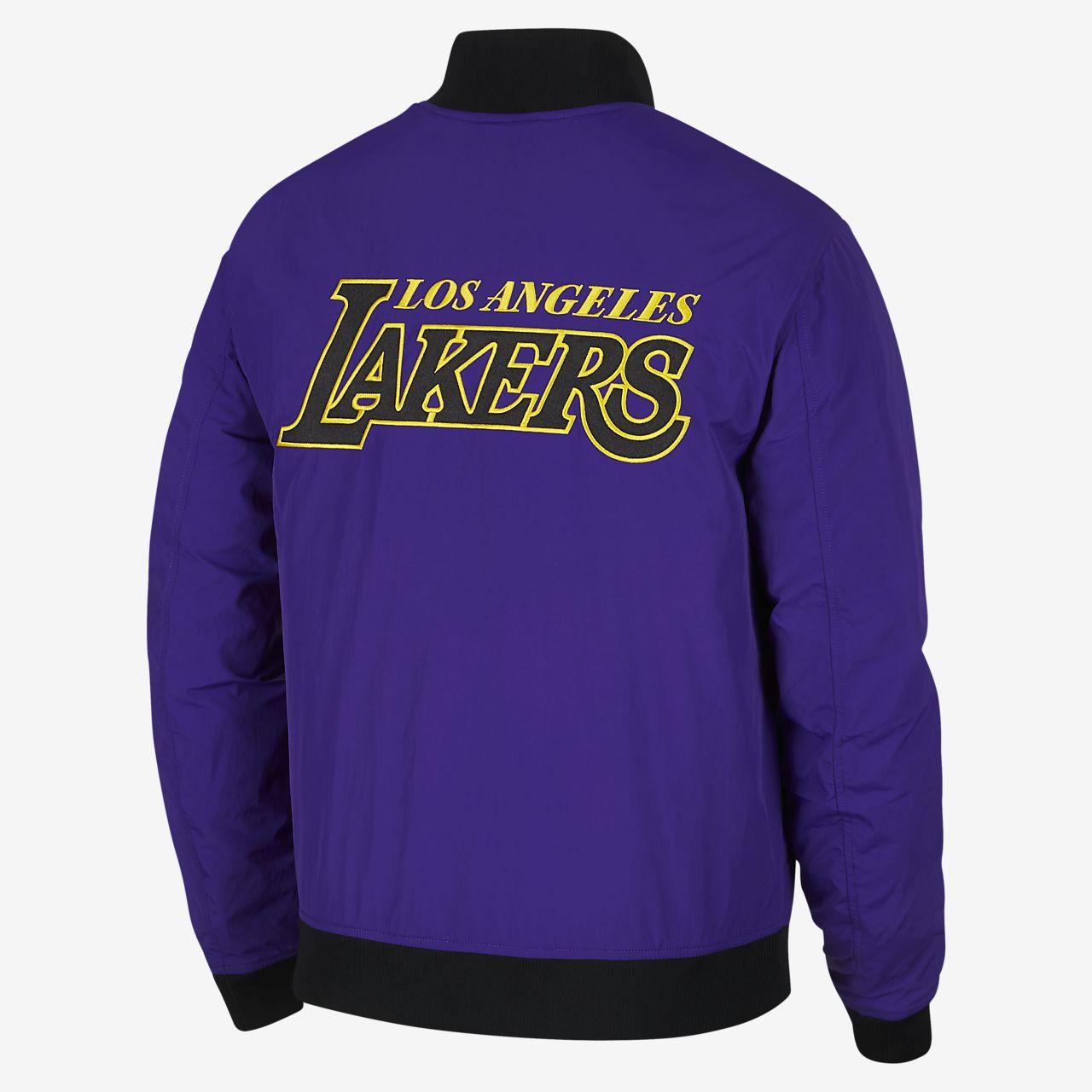 67ad5afef689 Los Angeles Lakers Nike Courtside Men s NBA Jacket. Nike.com