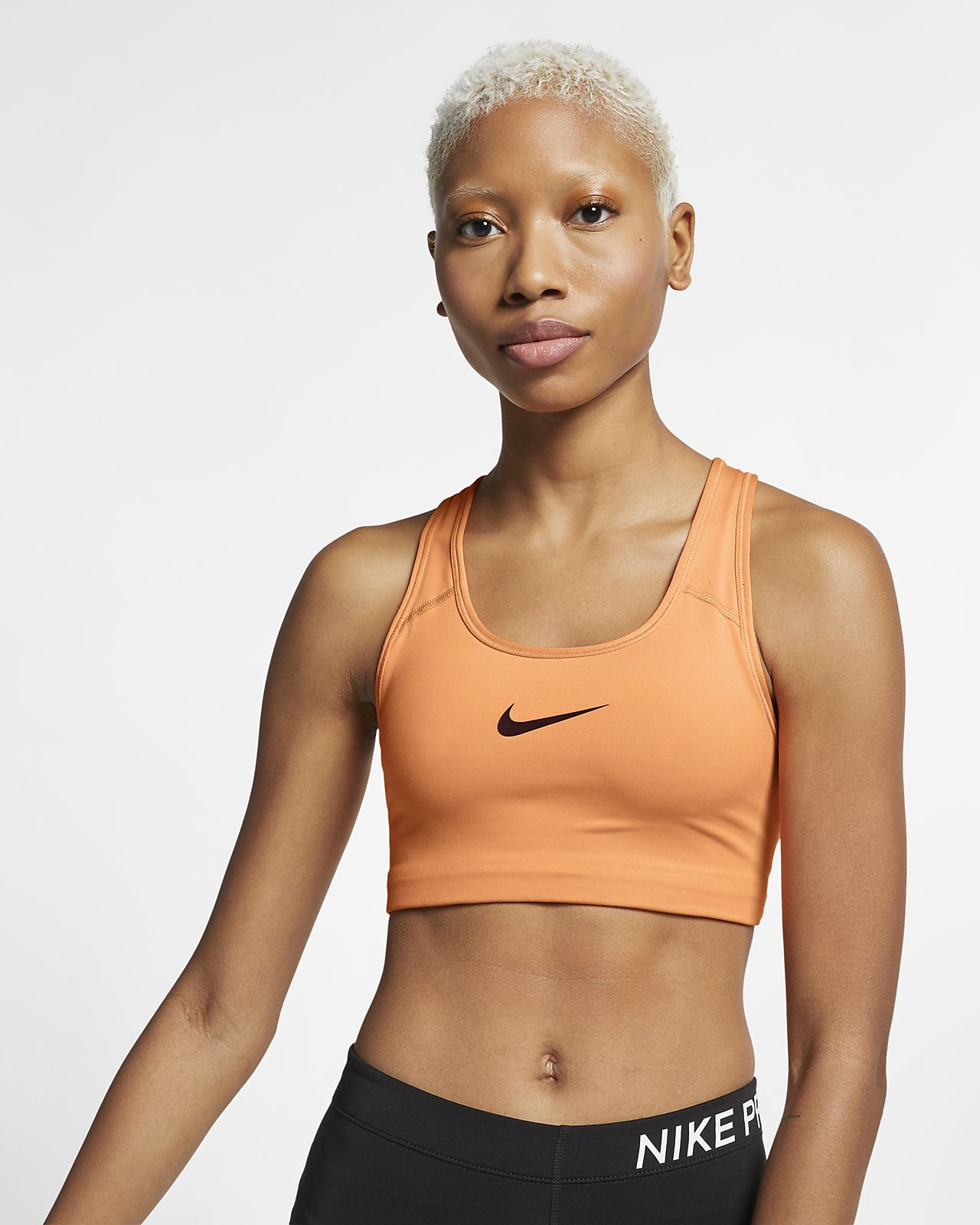 cac7aade43 Nike Women's Swoosh Medium-Support Sports Bra. Nike.com GB