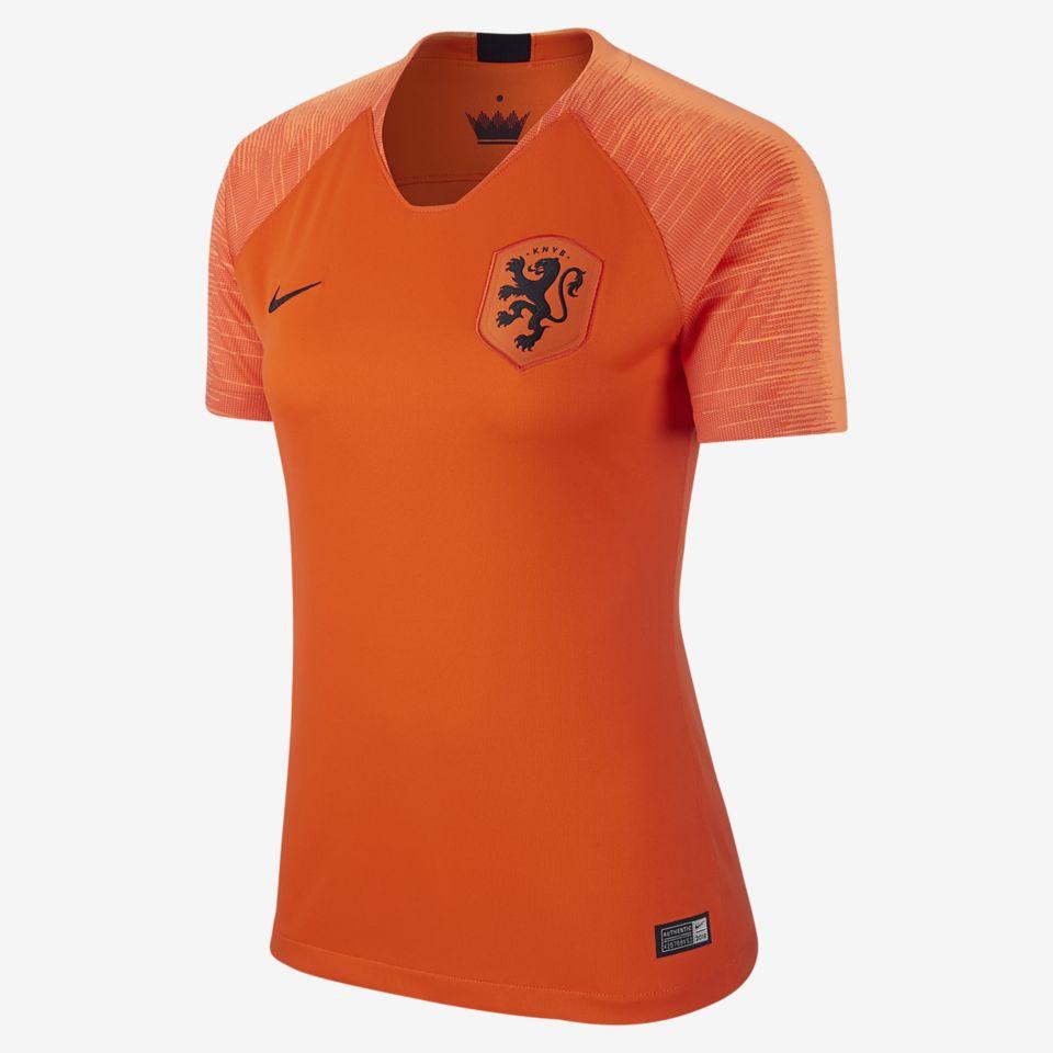 Orange Lionesses
