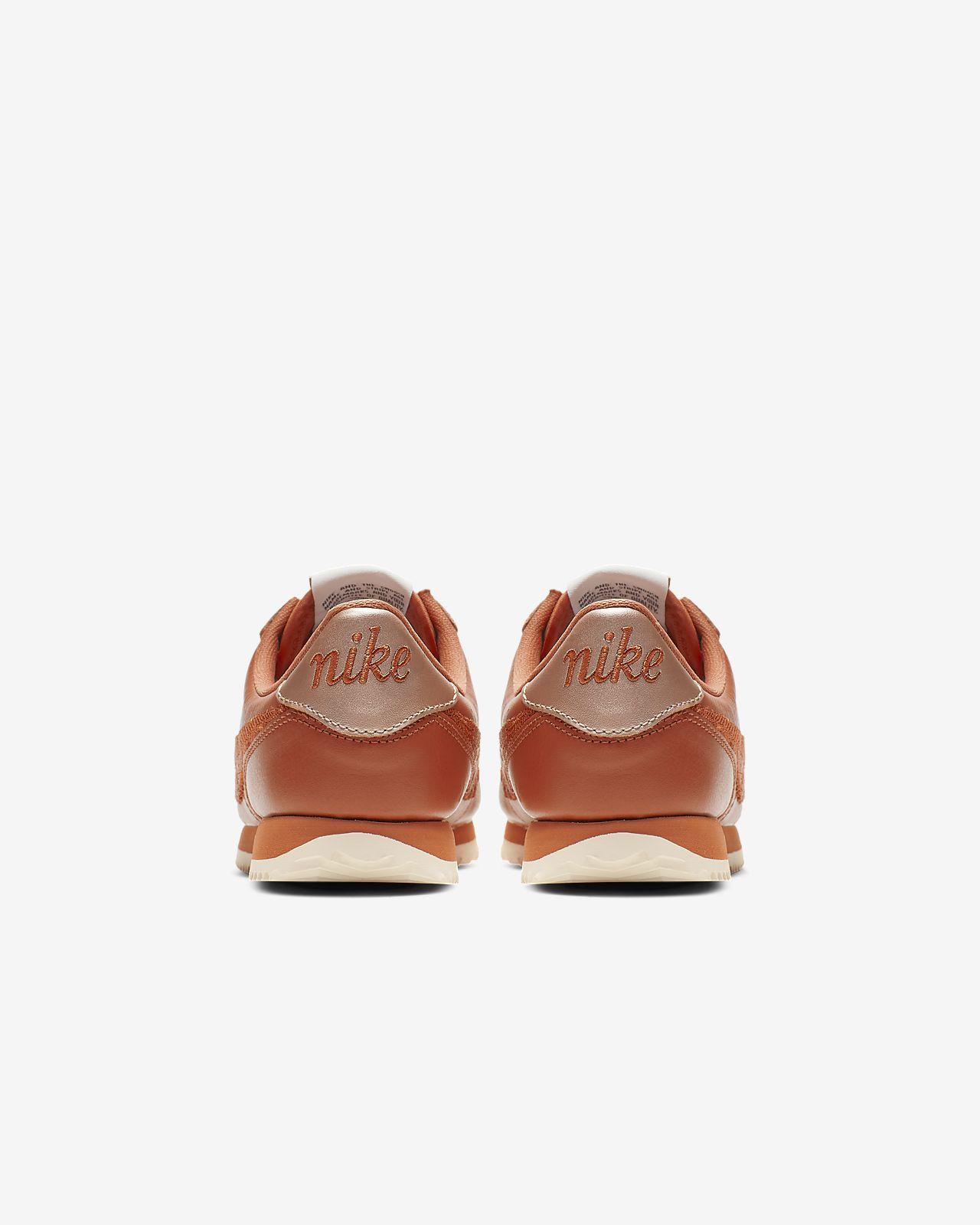 buy online c8c57 ce044 ... Chaussure Nike Cortez Basic Premium Embroidered pour Enfant plus âgé