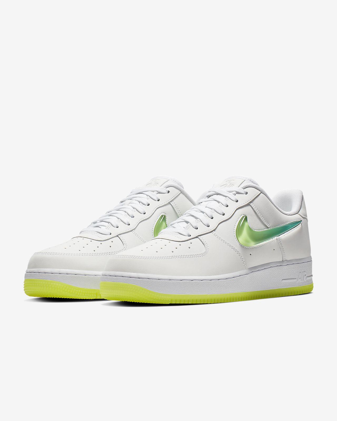 4c79b5a81bba0 Nike Air Force 1 '07 Premium 2 Men's Shoe. Nike.com IN