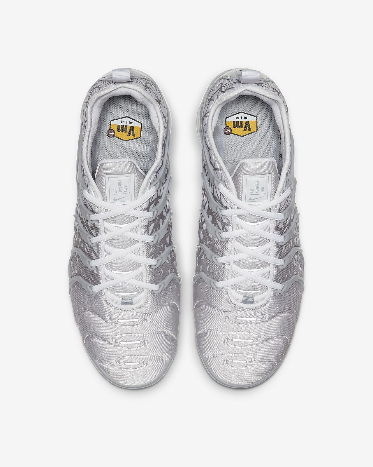 factory price a75f2 64ff5 Nike Air VaporMax Plus Men's Shoe. Nike.com GB