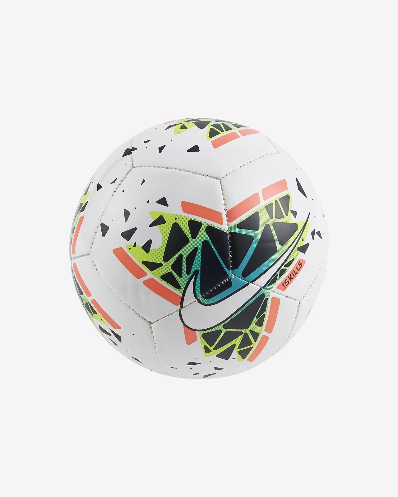 Ballon de football Nike Skills