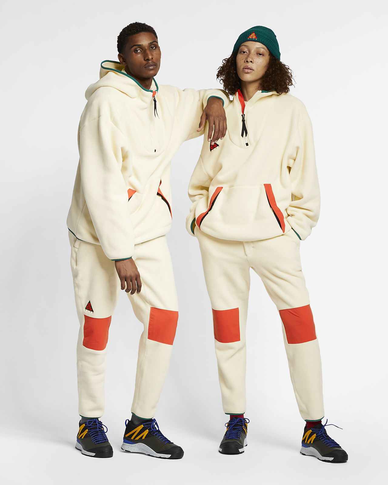 Byxor Nike ACG i sherpafleece