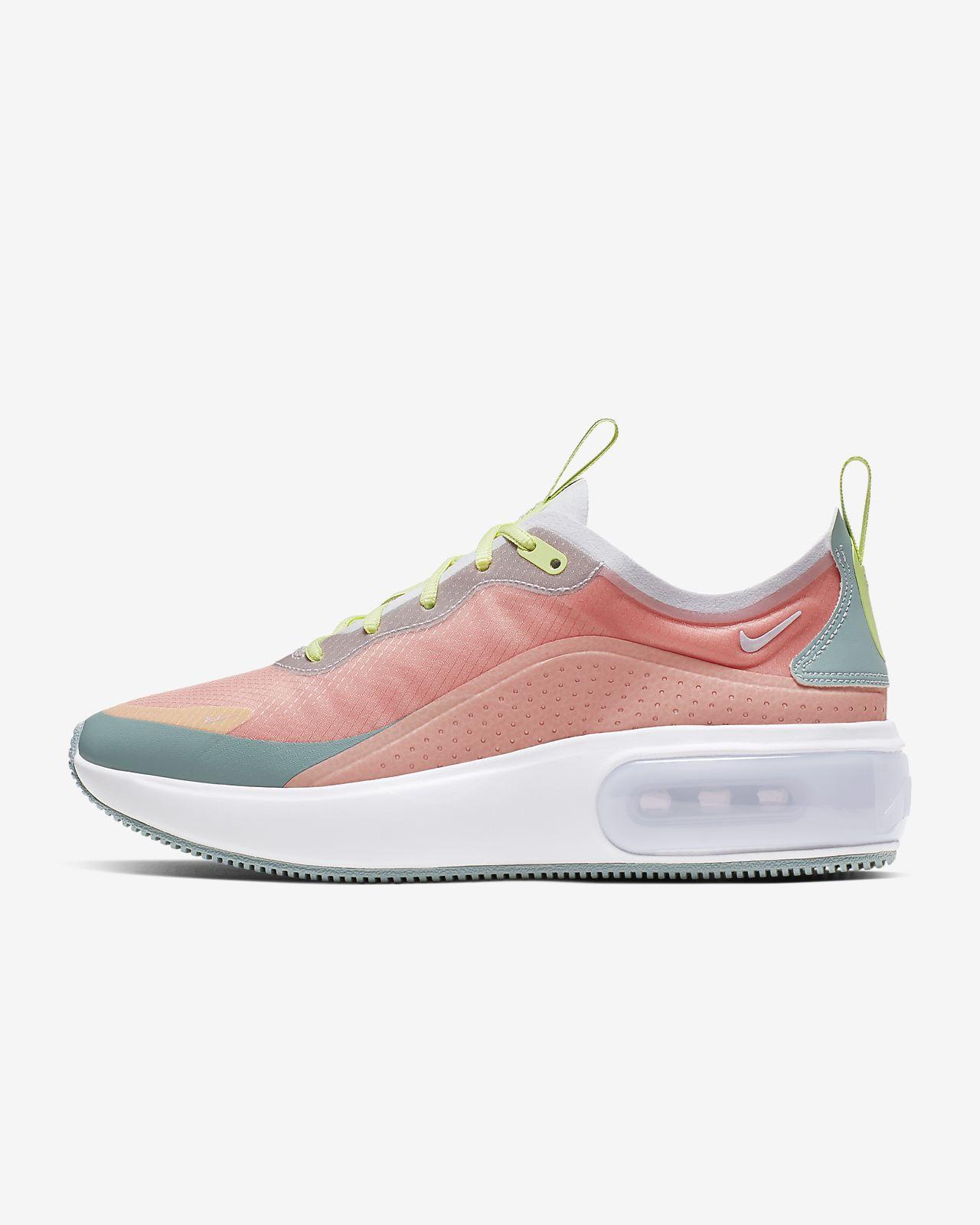 Nike Air Max Dia SE Shoe