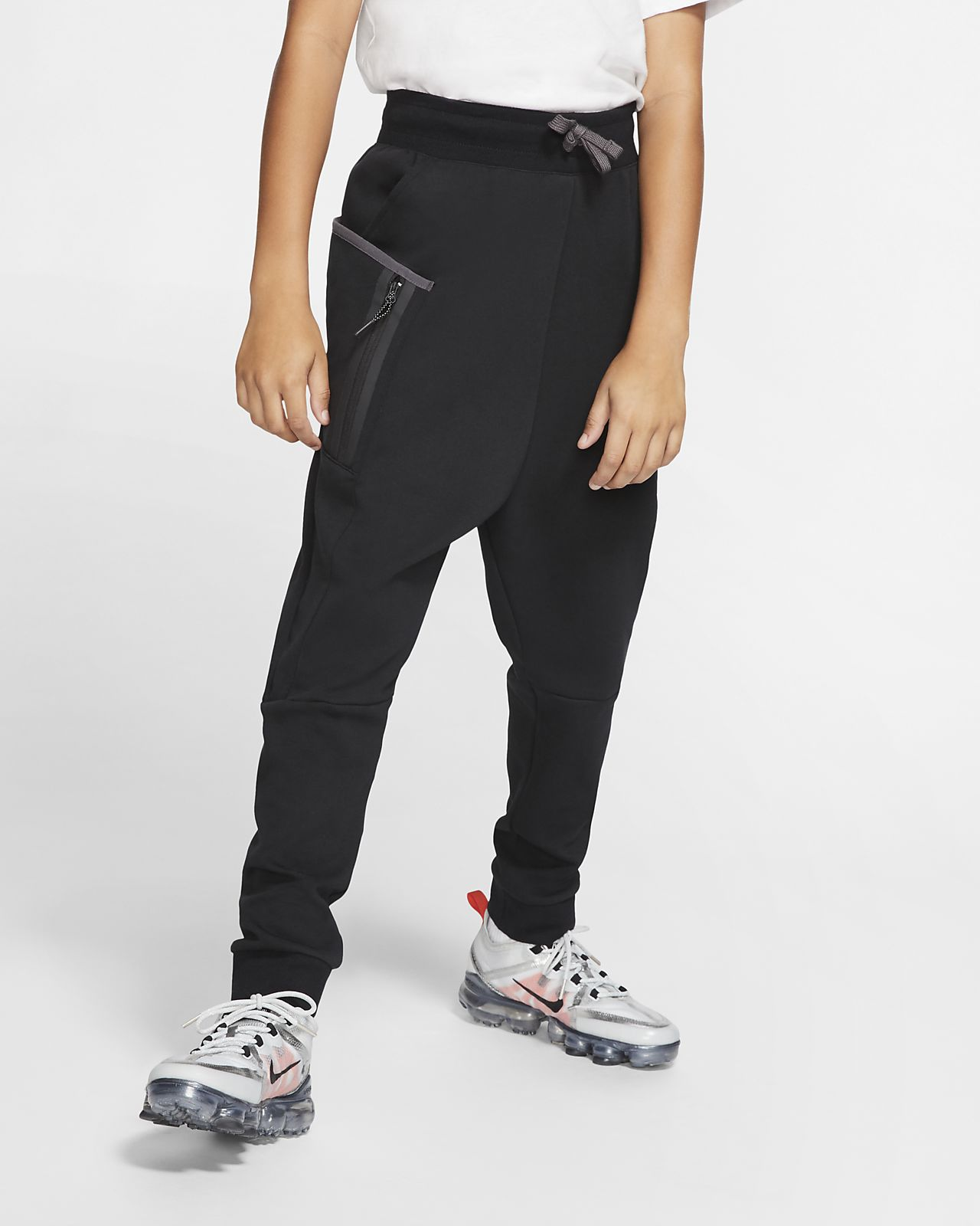 7b63a41c1623 Nike Sportswear Tech Fleece Big Kids  (Boys ) Pants. Nike.com